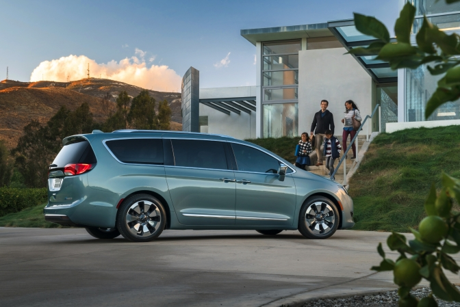 LG Chem To Build Battery For Pacifica Hybrid In Michigan